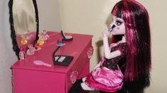 Como fazer estojo de maquiagem para boneca Monster High, Barbie e etc