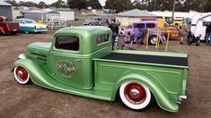 Vintage pick up hot rod Hot Rod Trucks, Cool Trucks, Custom Trucks, Custom Cars, Classic Trucks, Classic Cars, Hot Rod Pickup, Traditional Hot Rod, Panel Truck