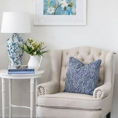 Hamptons Style has the largest range of hamptons style furniture in Australia. Hamptons Style Bedrooms, Hamptons Living Room, Hamptons Style Decor, Hamptons House, Living Room Decor, Side Table Decor, Side Table Styling, Style Lounge, Living Room Inspiration
