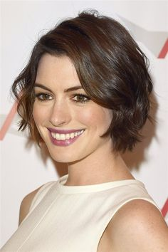 20 short wavy hairstyles for girls. Ideas about short wavy hair. Short hairstyles for wavy hair. Short Hairstyles For Thick Hair, Layered Bob Hairstyles, Short Hair Cuts, Wig Hairstyles, Curly Hair Styles, Hairstyle Ideas, Classic Hairstyles, Bob Haircuts, Pixie Cuts