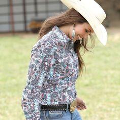 CRUEL GIRL RODEO Western Barrel Arena Fit PAISLEY SHIRT COWGIRL NWT MEDIUM #CruelGirl #Western