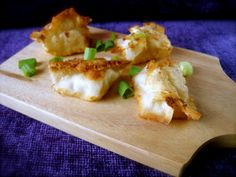 Vegan Rangoon - I love cream cheese rangoons, here's a great-looking #vegan version recipe