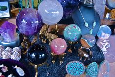 will u still love me when I'm no longer young and beautiful ? Wiccan Jewelry, Season Of The Witch, Crystal Magic, Young And Beautiful, Pretty Little, Witchcraft, Stones And Crystals, We Heart It, Candles