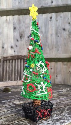 First Doodle from Jamie Whitehorn. Epic Tree! #Christmas #3Doodler #WhatWillYouCreate