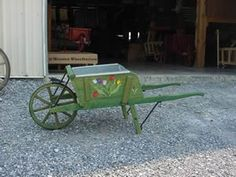 Amish Old Fashioned Wheelbarrow - Large Premium