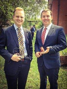 WIll Hampson #Auctioneer with Paul Kadak 7 news covering another hot #auction conducted by My #Auctioneer featured on the national 6pm #news.