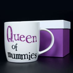 Queen Of Mummies Mug. A great gift idea for Christmas. www.athomeshopping.co.uk £9.99