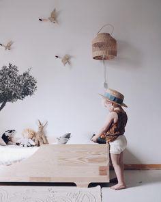 A imagem pode conter: área interna Ikea Girls Bedroom, Kids Bedroom Dream, Gg Kids, Interior Design Color Schemes, Trendy Kids, Kidsroom, Kid Spaces, Boy Room, Decoration