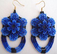 Mexican Huichol Beaded Flower Earrings by Aramara on Etsy Seed Bead Jewelry, Seed Bead Earrings, Flower Earrings, Beaded Earrings, Earrings Handmade, Beaded Flowers Patterns, Beaded Jewelry Patterns, Beading Patterns, Art Perle