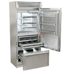 The Fhiaba XPro Built-in Bottom-Freezer features a heavy-duty top ventilation grille and strong tubular stainless steel handles. It is equipped with Advanced electronic technology that manages and monitors the entire refrigerator operation. Counter Depth Refrigerator, Bottom Freezer Refrigerator, French Door Refrigerator, Door Shelves, Wooden Shelves, Glass Shelves, Cheap Appliances, Kitchen Appliances, Kitchens