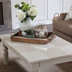 53 coffee table decor ideas that dont require a home stylist - Living Room Table Decor