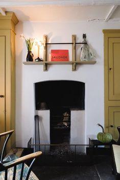 3 bedroom end of terrace house for sale in Varden Street, London, E1 Georgian Townhouse, Georgian Homes, London Townhouse, Yellow Interior, Interior And Exterior, Interior Design, Strawberry Hill House, Brutalist Buildings, Georgian Furniture
