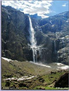 Avec ses 423 mètres de haut la grande cascade de Gavarnie est la plus haute cascade d'Europe!