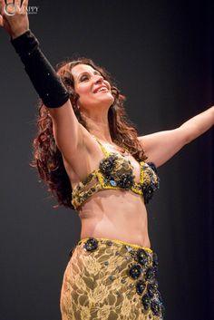 #danzadelventre classica ogni lunedì alle ore 20.30 con Sabrina Albano!