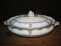 Royal Crown Derby LOMBARDY Vegetable Bowl