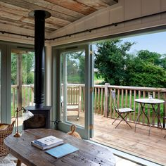 Soho Farmhouse is a members' club set in 100 acres of Oxfordshire countryside, with bedrooms, a pool, spa and gym. Home Design, Cabin Design, Home Interior Design, Soho Farmhouse Interiors, Soho House Farmhouse, Norfolk House, Summer Cabins, Inglenook Fireplace, Small Backyard Design