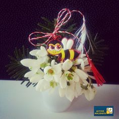 Little bouquet of and Martisor :) Culture Travel, Romania, Bouquet, Halloween, Spring, Holiday, Decor, Vacations, Decoration