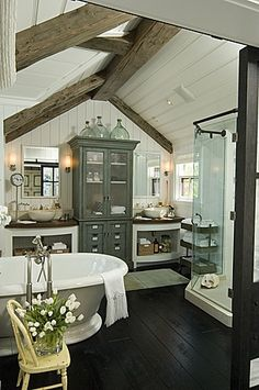 If I had this bathroom, I would live in it...all the time.