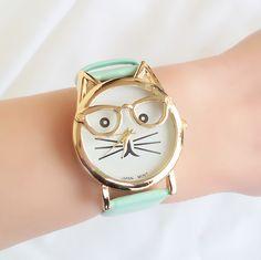 #bisuteriaonline, #relojesmoda, #relojes2016, #relojesmujer, #relojestendencia2016 Street Style, Watches, Inspiration, Women, Trends, Necklaces, Bangle Bracelets, Watch Women, Feminine Fashion