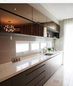 31 Modern Kitchen Ideas Every Home Cook Needs to See - Site Home Design Simple Kitchen Design, Kitchen Room Design, Luxury Kitchen Design, Kitchen Sets, Luxury Kitchens, Home Decor Kitchen, Interior Design Kitchen, Modern Interior Design, Home Kitchens