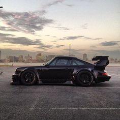 RWB Porsche. Maximum attack mode.