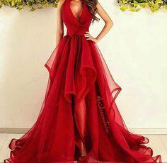 This dress is soooooooo gorgeous