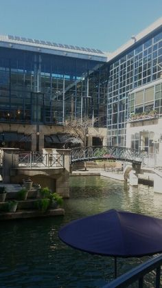 River Center Mall ~ San Antonio, Texas 1/20/15. Photo by Lee Wilox