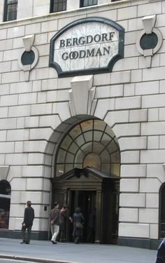 Bergdorf Goodman department store / Fifth Av. NY from 57th to 58th Streets designed in 1928ize