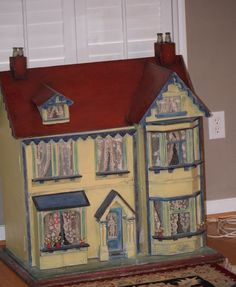Antique Doll Victorian Dollhouse Front Opening