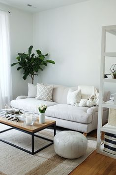 3 Statement Pieces That Can Transform a Room | The Everygirl #SoIntoStyleFurniture