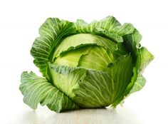 15 Trigger Foods for IBS: Foods to Avoid for IBS Suffers - CABBAGE Cabbage is avery dangerous food for people with irritable bowel syndrome. It is likely to cause gas, which can lead to painful stomach troubles. Some lettuces can also cause problems. Fruit And Veg, Fruits And Veggies, Ibs Foods To Avoid, Cabbage Varieties, Foods For Bloating, Cabbage Seeds, Vegetable Painting, Ibs Diet, Fruit Picture
