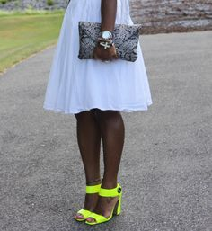 A la mode wearhouse: White and Neon