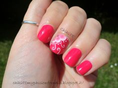 CHIKI88...  my passion for nails!: The nails of the week: fiore e ghirigori!