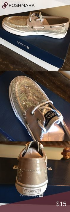 Sperry top-spider, Bahama Silver girls shoes New with tags, shiny silver, adorable girls shoe Sperry Top-Sider Shoes Sneakers