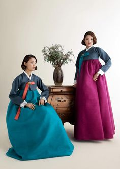 traditional Korean dresses by Sukhyun Hanbok
