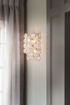 Alyssa Colagiacomo Interiors | Sanger Large Sconce by AERIN #circalighting