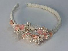 Tocado infantil Pandora Charms, Charmed, Bracelets, Jewelry, Fashion, Templates, Bridal Headpieces, Grooms, Moda