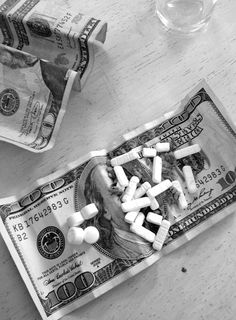 Black and White Photography, Drugs