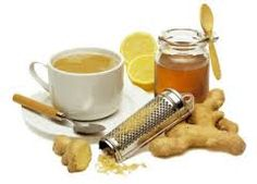 Tea with cinnamon, ginger and lemon Make a cup of black tea, add a half teaspoon of cinnamon, juice of a half of lemon and a pinch of grated gi Sore Throat Cure, Diabetes, Healthy Life, Smoothies, Berry, Herbalism, The Cure, Good Food, Food And Drink