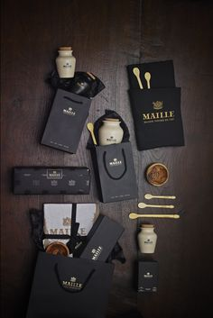 Maille's Holiday Gift Guide is here! Whether a gift for Secret Santa, co-workers, or friends and family, you'll find the perfect gift here!