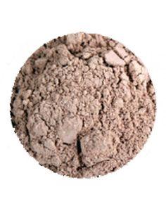 Erths Sand Concealer er perfekt for medium hudfarger med rosa undertoner. Foretrekker du å påføre concealer i kremform, kan du blande denne ...