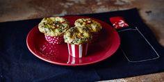 Muffin de Tapioca Salgado com Legumes - Receitas - Low Carb Recipes, Cooking Recipes, Menu Dieta, Healthy Sides, Brunch, Food And Drink, Eat, Breakfast, Lactose