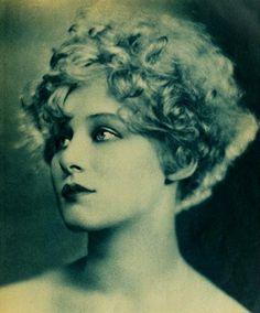 Greta Nissen - 1925