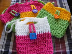 Ravelry: Little Girl Mini-Purses... free pattern pattern by Barbara Bazzocchi. Did this is one sitting, turned out great