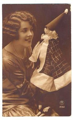 flapper with boudoir doll
