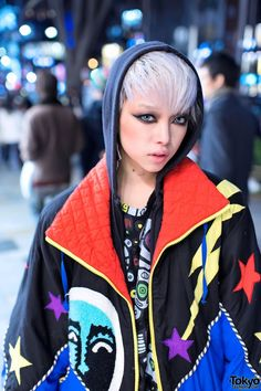 Street Style: the Fashion Overdose on the Streets. Hirari Ikeda Hoodie & Jacket: Perfect Eyes and Hair!! Love it