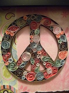 Peace sign -I used to do this craft with my aunt. Quilling