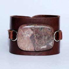 31 Ideas For Jewerly Bracelets Leather Jewellery Leather Accessories, Leather Jewelry, Boho Jewelry, Jewelry Crafts, Handmade Jewelry, Jewelry Design, Leather Bracelets, Country Jewelry, Cowgirl Jewelry