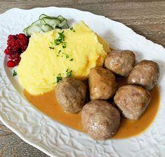 Zemiaková kaša hotová za 10 minút - Receptik.sk Potato Puree, Gravy, Pickles, Sausage, Pork, Potatoes, Beef, Ethnic Recipes, Kale Stir Fry