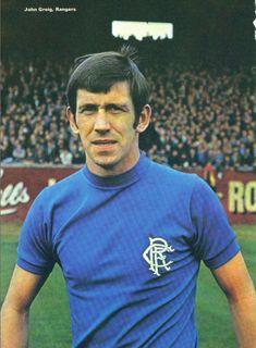 John Greig con el uniforme del Glasgow Rangers